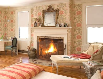 Luxury Getaway in Litchfield Hills  - Colebrook - Villa - 2