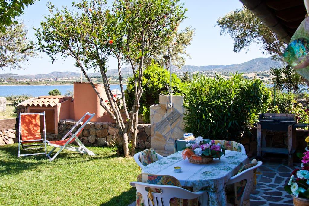 Villa Con Giardino Sul Mare Cottage In Affitto A Olbia