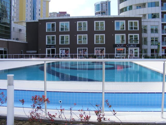 ULTRA LUXE RESIDENCE WITH FREE SWIM.POOL ETC