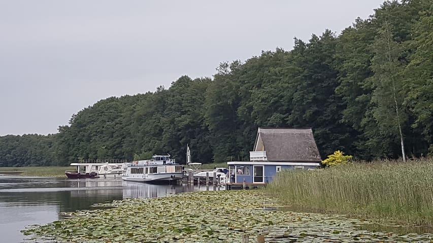 Hausboot Mirabella