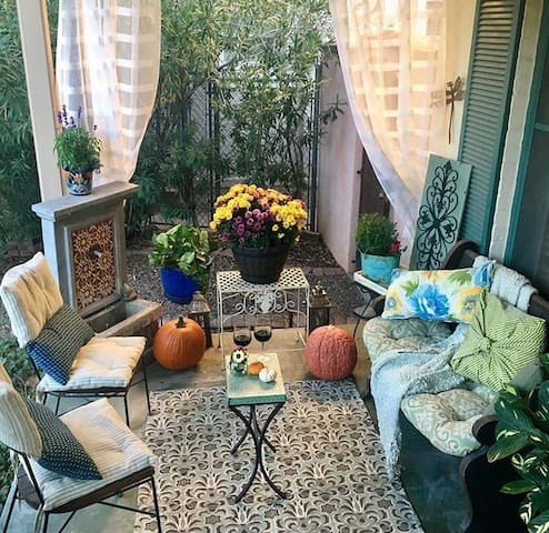 Private patio porch entrance