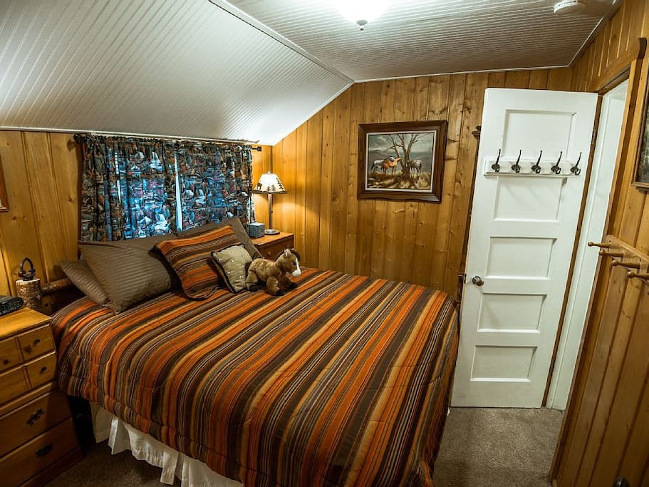 Lemmon lodge cozy cabin retreat cabins for rent in grand for Grand lake colorado cabin rentals