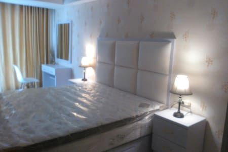Apt Cozy, strategis,fasilitas hotel - Semarang - Wohnung