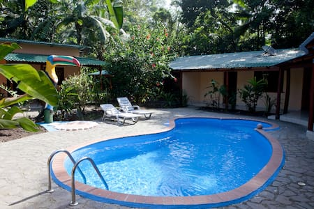 Caribbean Coconut Beach Inn - Cahuita - Bed & Breakfast