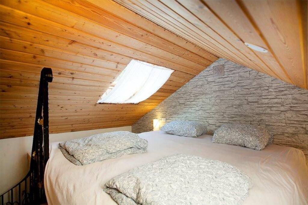 There is a sleeping loft with a great double bed. Please note it´s a loft so not suitable for the very tall or the elderly.