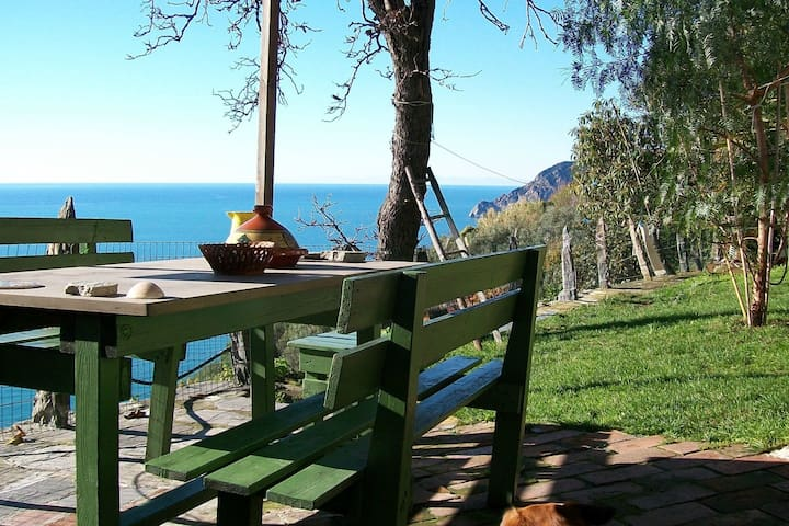 Lodge - The heart of Cinque Terre - Vernazza - Natur-Lodge