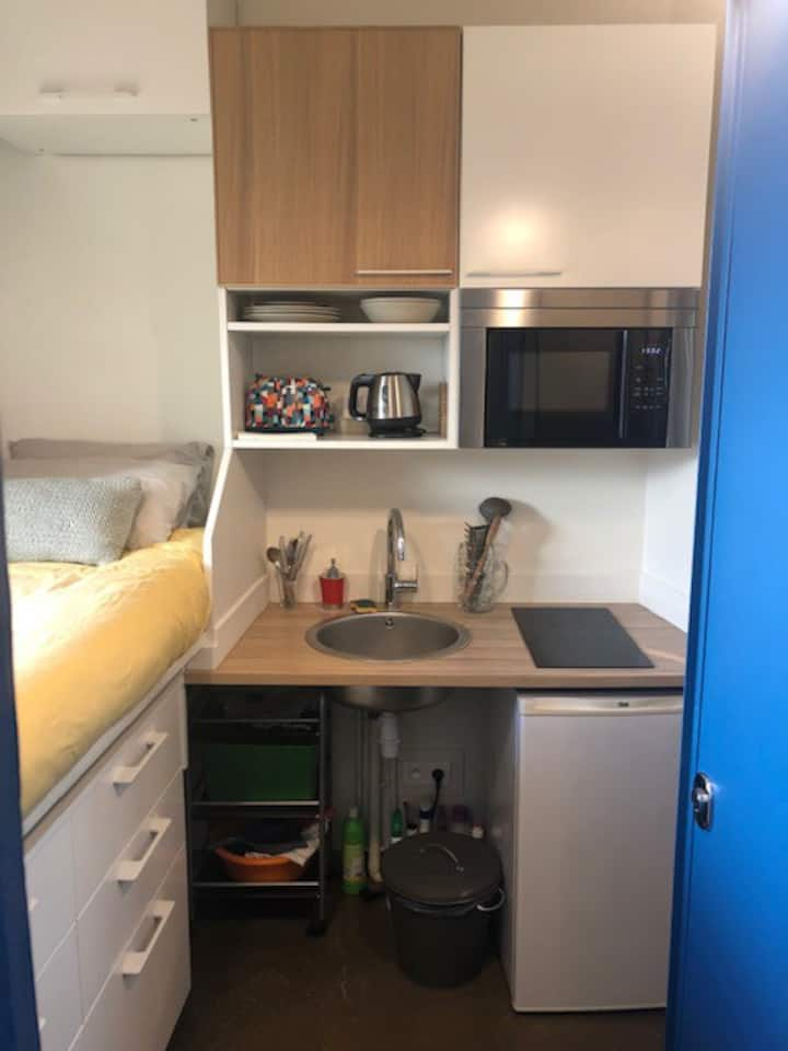 COSY STUDIO ONLY FOR 1 PERSON CLOSE TO THE MARAIS