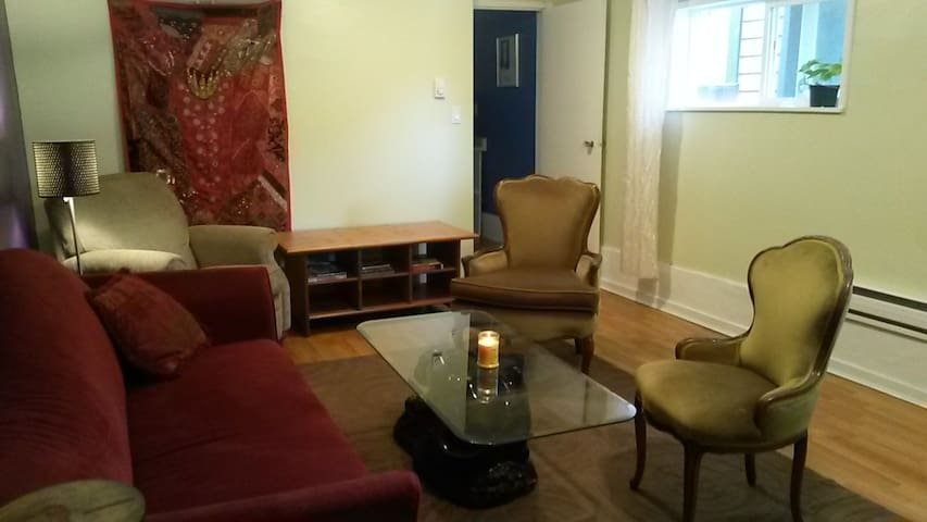 2 Bedroom Suite near Commercial Dr.