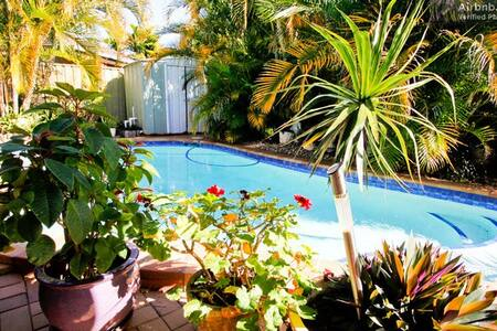 Relaxing Home quiet and very clean you would enjoy - Coombabah - Hus