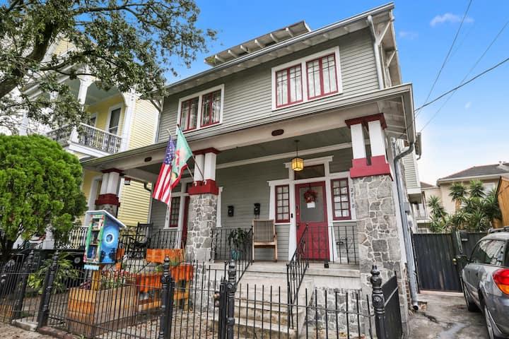 Sunny Historic Magazine Street House