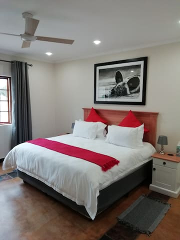 All one bedroom Cottages have a bedroom with Kingsize bed and luxury linen.
