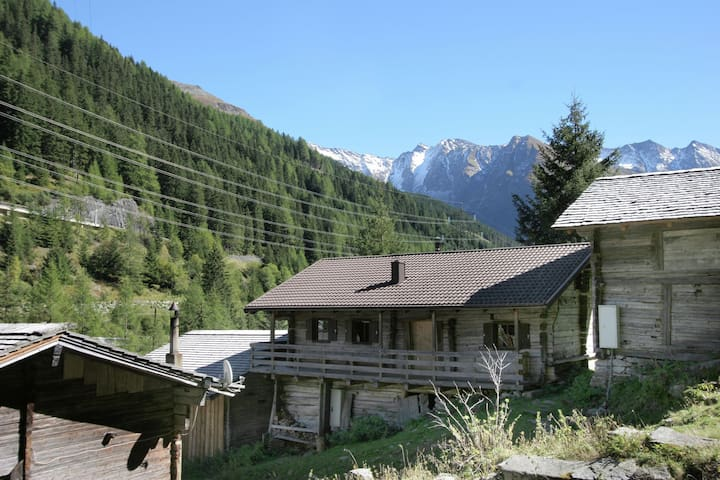Lovely Chalet in Matrei in Osttirol with Mountain View