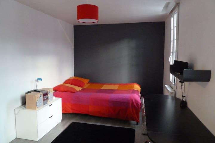 Chambre privée au coeur de Rouen rive - Rouen - Haus