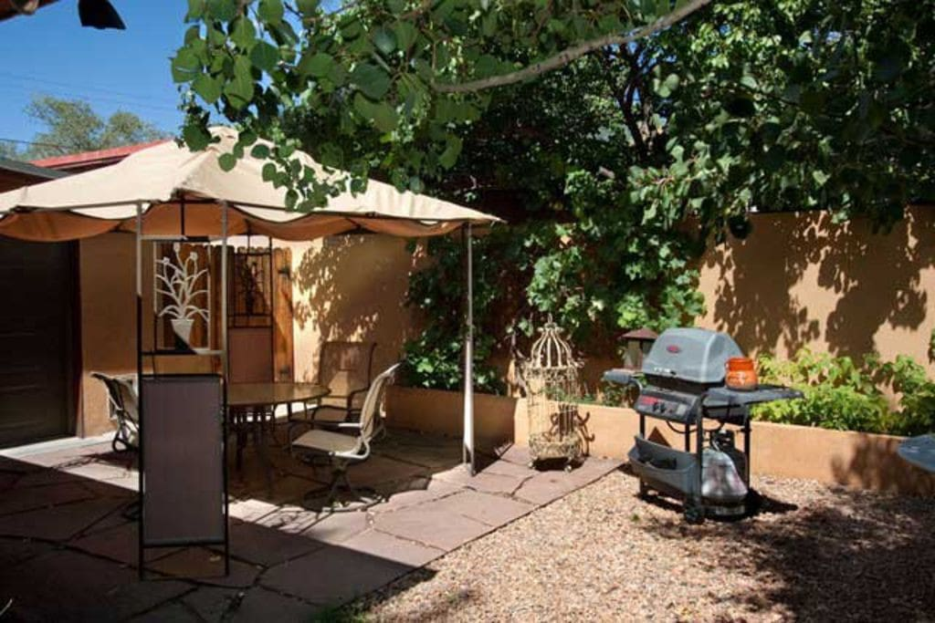 With 283 sunny days each year in Santa Fe, there's lots of time to spend on the porch.