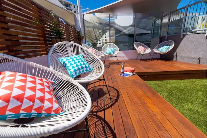 Beach Club Mooloolaba-Rooftop 1 Bed Apartment