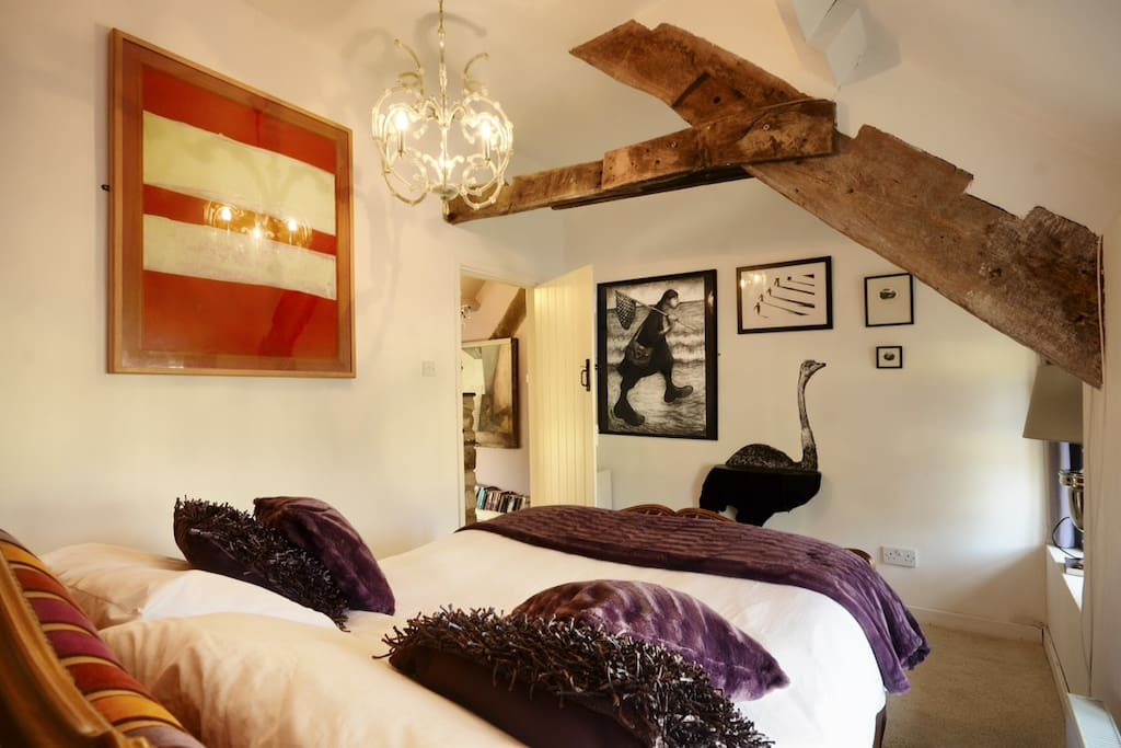 Double bedroom 2 with beams