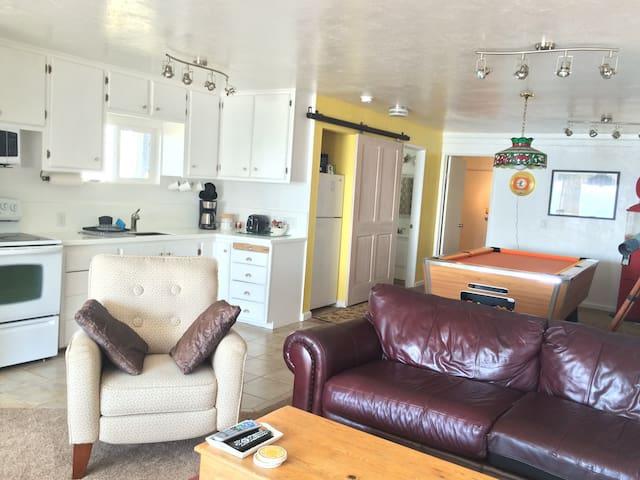 Sweet Ocean View Guest House - Gold Beach - Huis