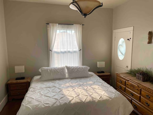Second bedroom with King Sized Bed
