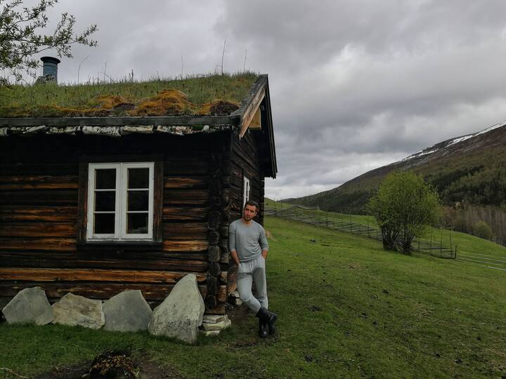 Experience farmstay in old norwegian wood house