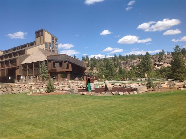Main Lodge Loft #510 - sleeps 5