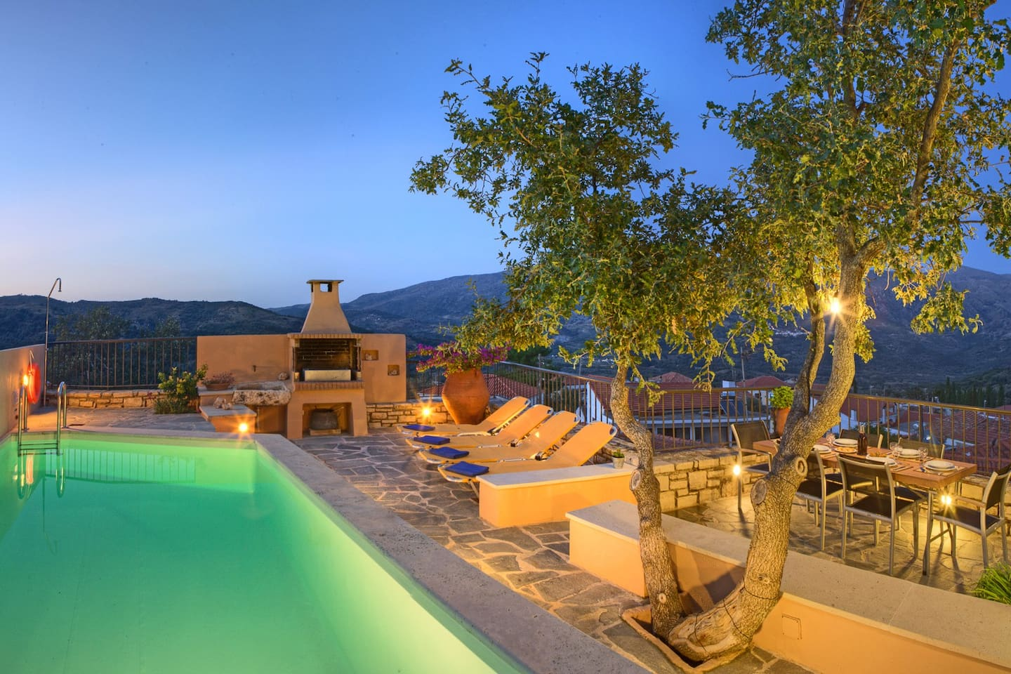 Pure relaxation in the calm of Amari Valley