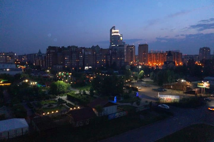 Современная квартира в закрытом жилом комплексе - Krasnoyarsk - Daire
