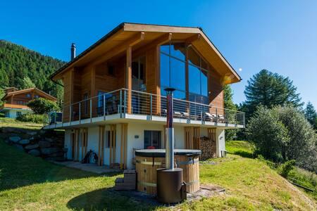 Luxus Chalet in den Walliser Bergen - Zigi Zägi