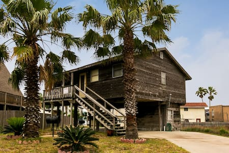 Feel the Sea Breeze from the Deck of our Beach House - 2BR Home - Port Aransas - Other