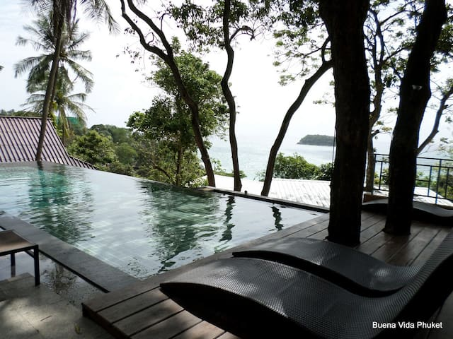 1 bed bungalow overlooking Kata beach