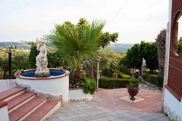 Villa Di Rosa | Relax in Sicilia - Villafranca Sicula - Huvila