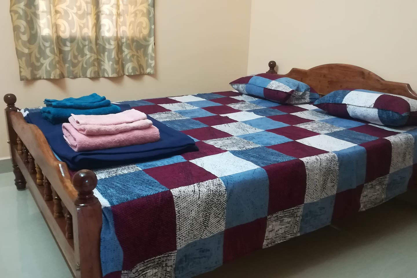 Bedroom with a double cot