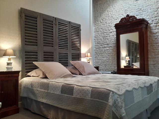 Le Domaine de Grammont-ADELMA - Puilboreau - Bed & Breakfast