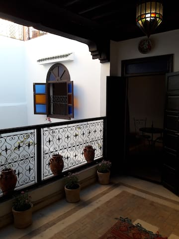Cozy suite in the heart of the ancient medina (Ria - Marrakesh - Guesthouse