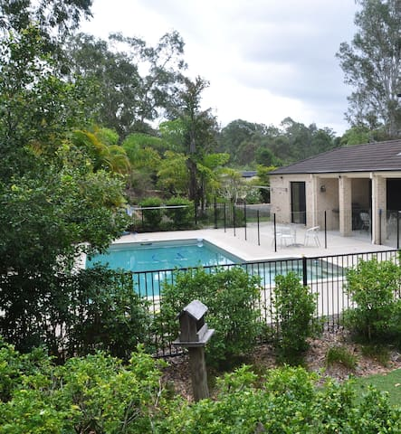 Private acreage AC/Pool/Self Contained