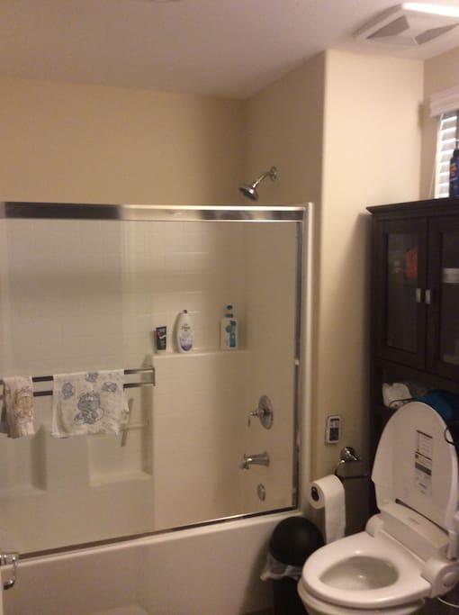 单独卫生间,24小时热水