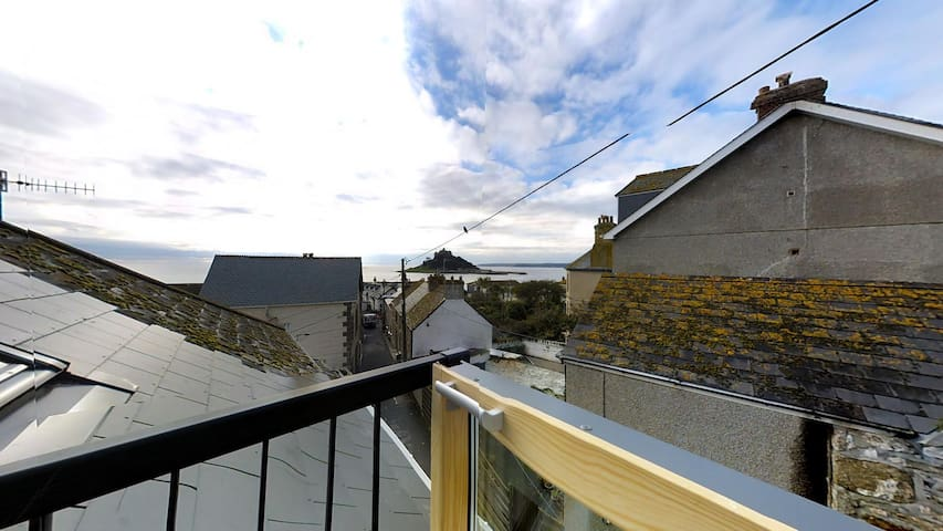 Sea Crest, Marazion,  En-suite Sleeps 4 - Marazion - Talo