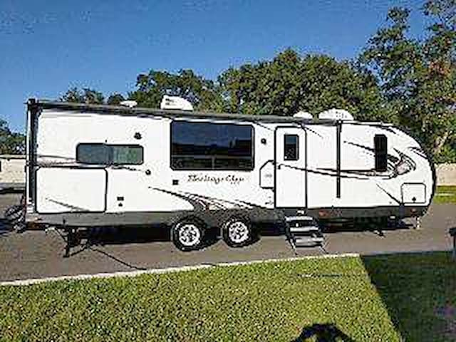 2018, 35 foot travel trailer, DELIVERED TO YOU