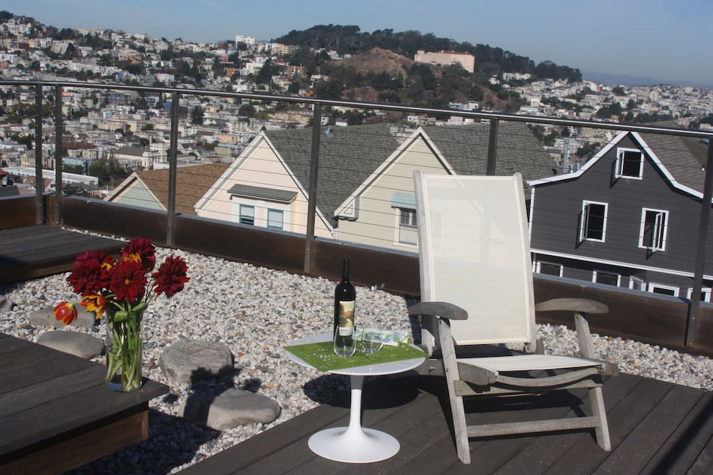 View of the entire Bay Area from two private decks.