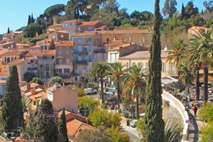Appartement calme, plein sud, vue panomarique mer - Bormes-les-Mimosas - Apartamento