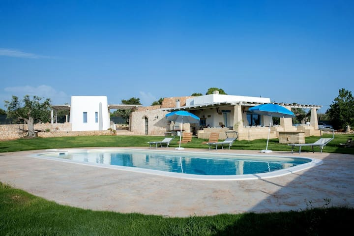 Villa with pool in Torre Suda - Torre Suda - Flat