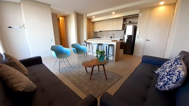 Stay Q Spacious 1BR + Rooftop + Waterfront