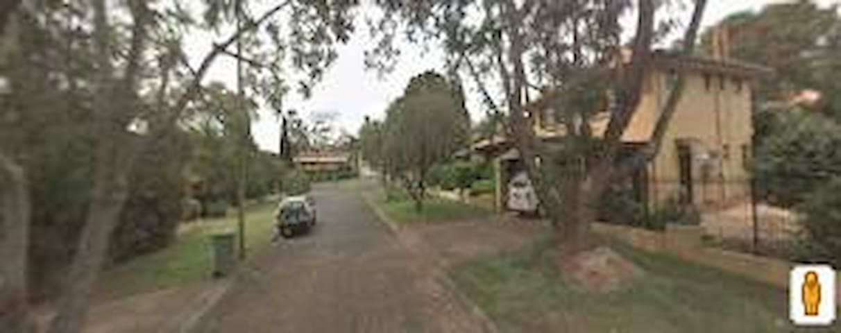 1 Bedroom unit near Picnic Point - Rangeville - Apartament