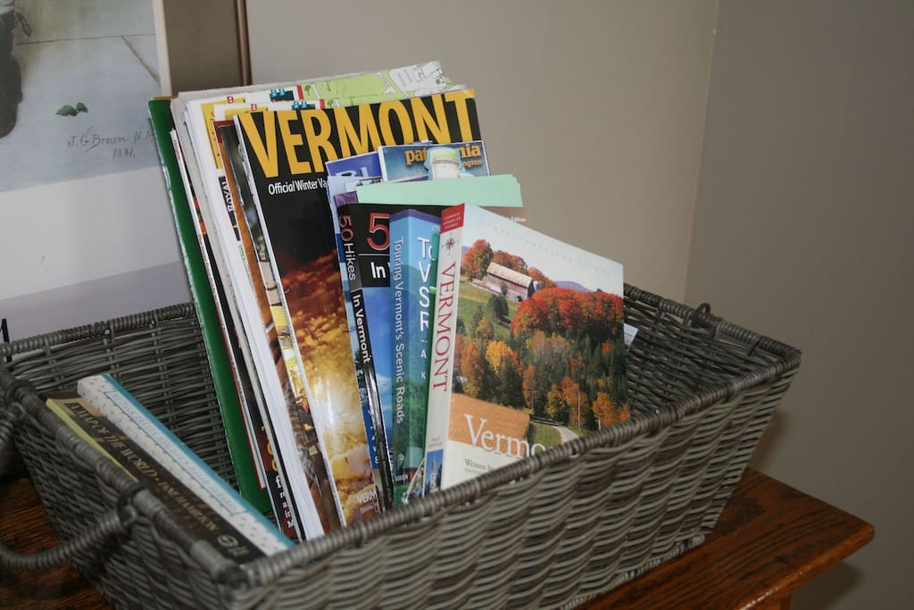 We have a variety of tour books, brochures and magazines to help you make the most of your stay in Vermont.