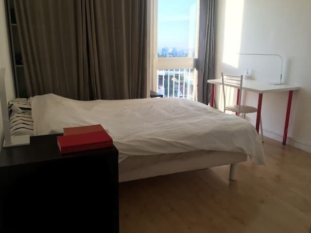 Big full appartment close to Paris and transport