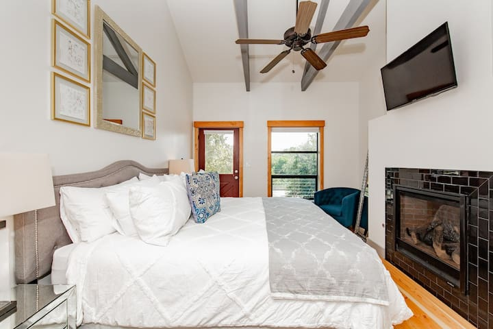 Upstairs King Bedroom with Fireplace