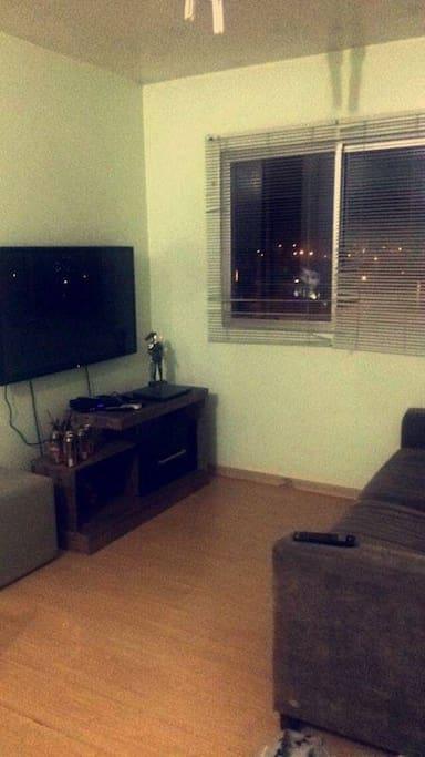 Sala + Televisão