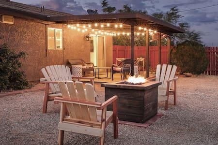 Casa Tomas near Park & JT Village-AC/View/Fire Pit