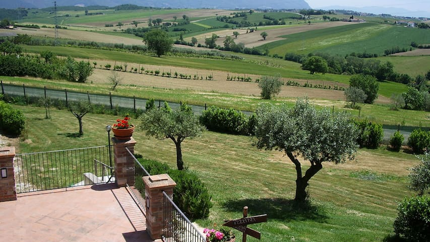 Papavero countryside apartment