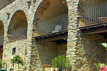 Tuscan Palazzo, Villa A, Bagni Di Lucca, LUCCA - Lugliano - Lägenhet