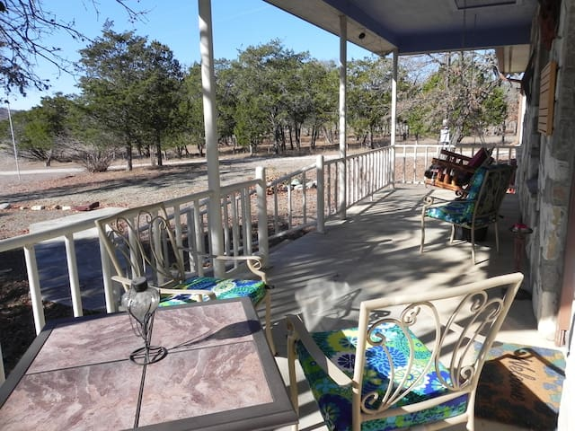Scenic FM337 | Roomy | Secluded | Wildlife Views